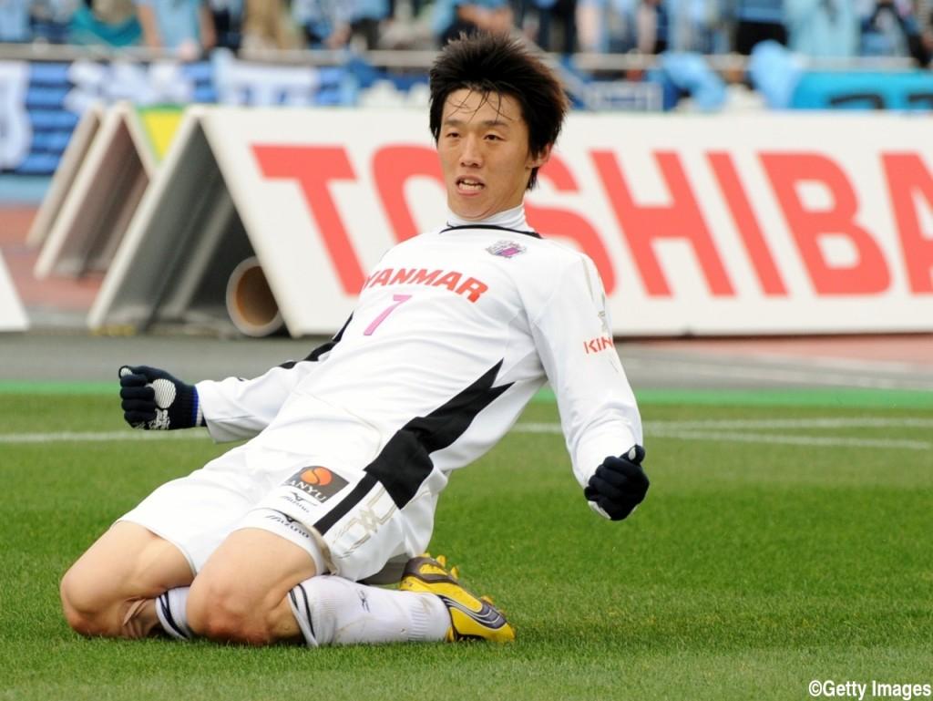 Kawasaki Frontale v Cerezo Osaka - 2012 J.League